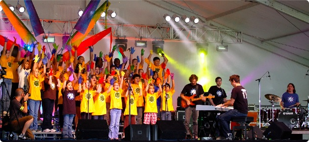 Barton Hills Choir performs at the Austin City Limits Festival, Oct. 2009